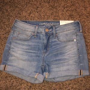 American Eagle High Rise Midi Shorts sz 4